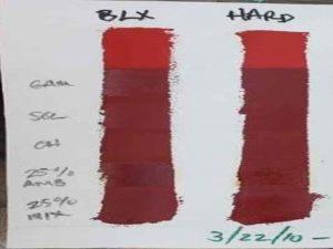 Egy kortárs cinóber vörös fény teszt. A sötétebb részek a több hónapig fény hatására kitett festéket mutatják, míg a világos részen a frissen felkent cinóber vörös. A teszthez Blockx és Michael Harding valódi cinóber vöröset használtak